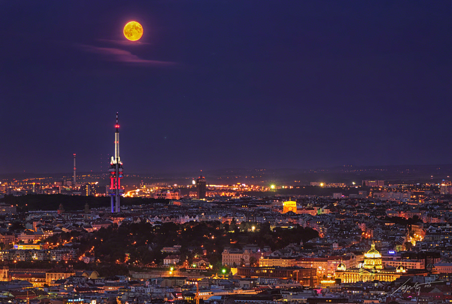 Prague Moon by Marek Kijevský on 500px.com