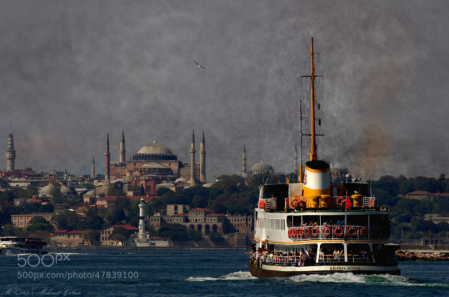 "Istanbul image by Mehmet Çoban on 500px.com"" border=""0"" style=""margin: 0 0 5px 0;"