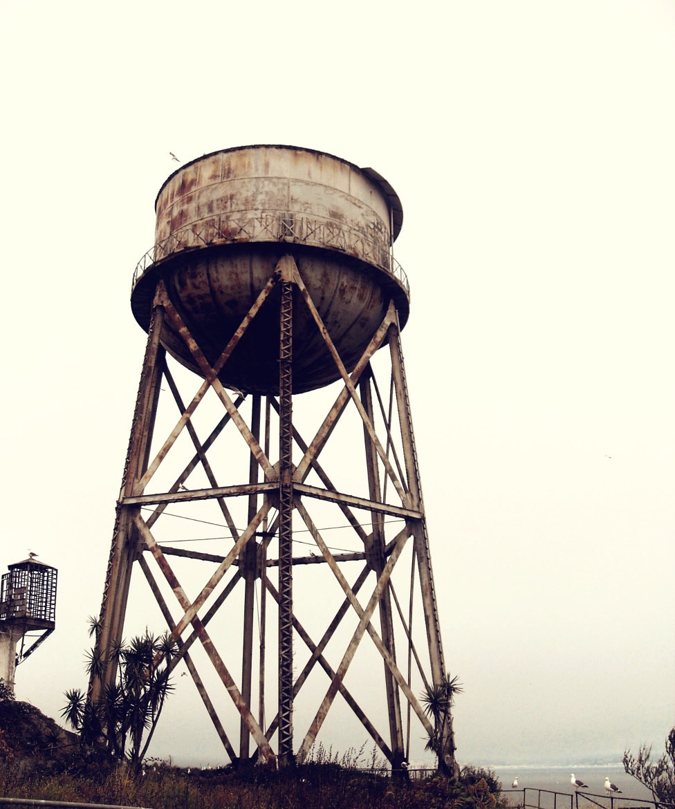 Photograph Alcatraz Water Tower by ellie beirne on 500px