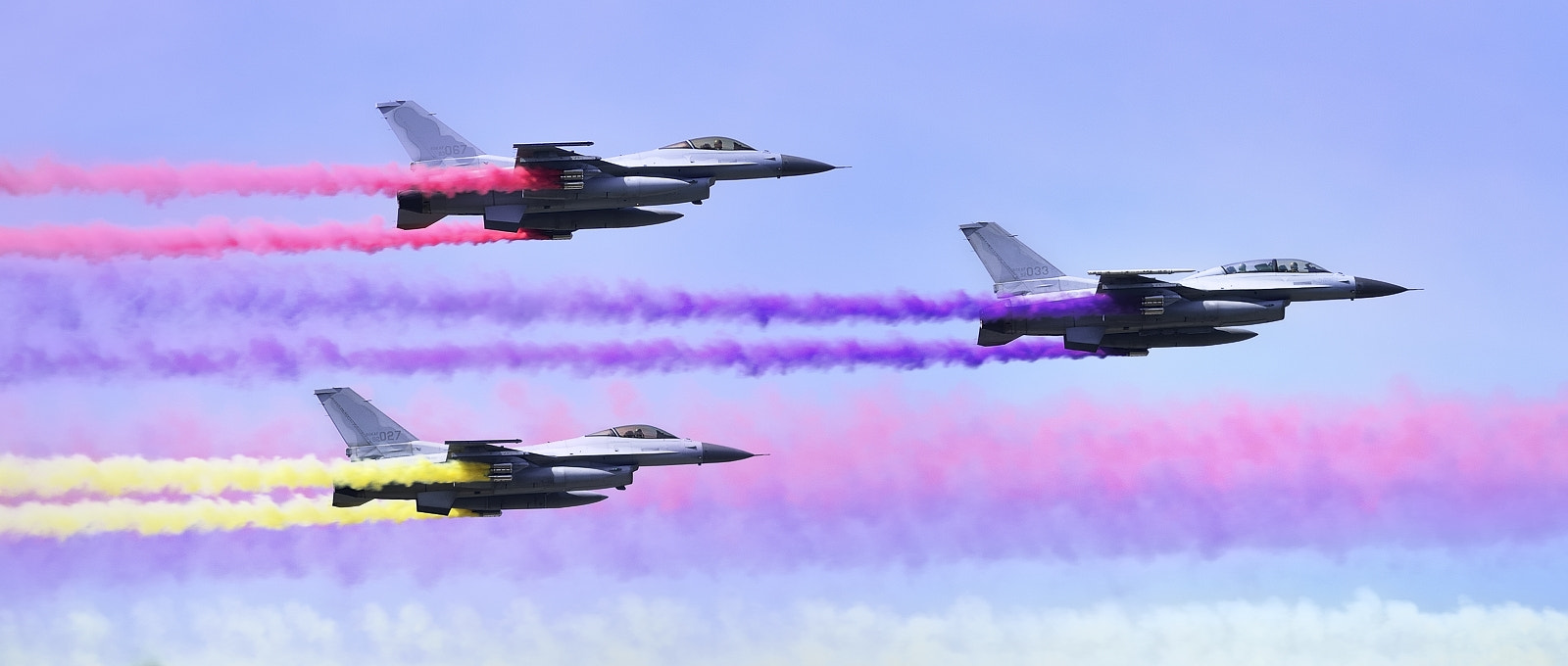 Photograph F-16 Falcon by HoHyun Lee on 500px