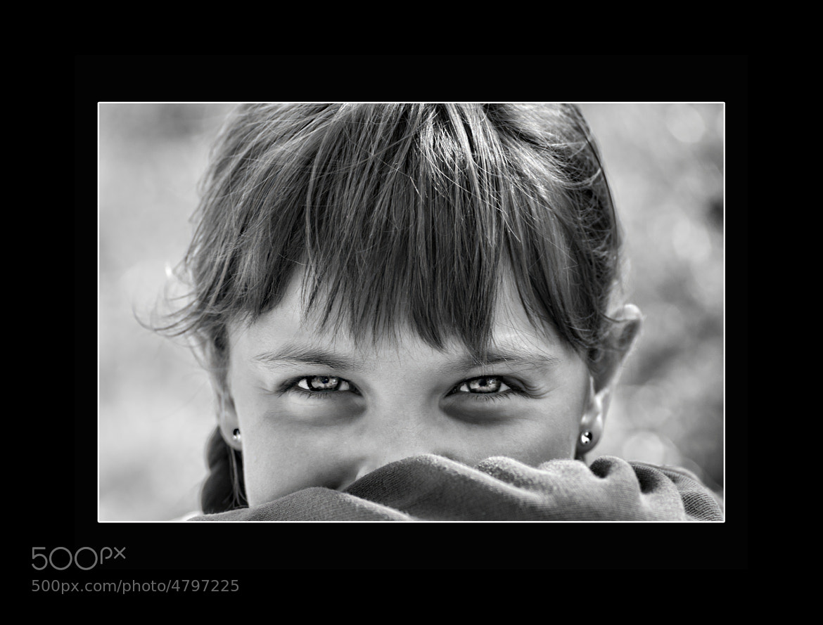 Photograph Les Yeux Revolvers by Daniel GROSSIN on 500px
