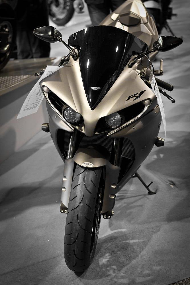 Yamaha R1 By Chris Braschel-Parker / 500px