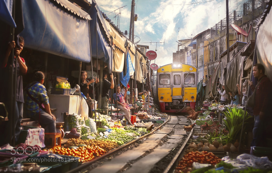 Photograph Bangkok Train juicer by paul sarawak on 500px