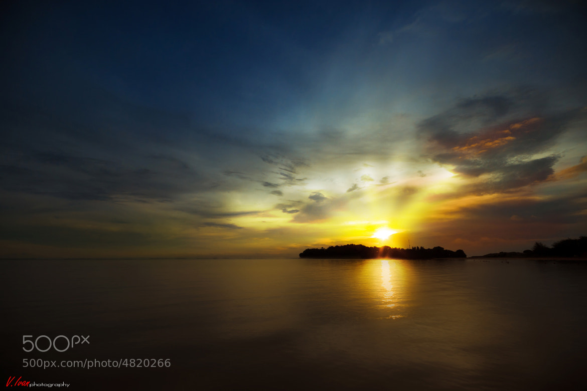 Photograph Sunrise at Nusa Dua by Vincentius Ivan on 500px