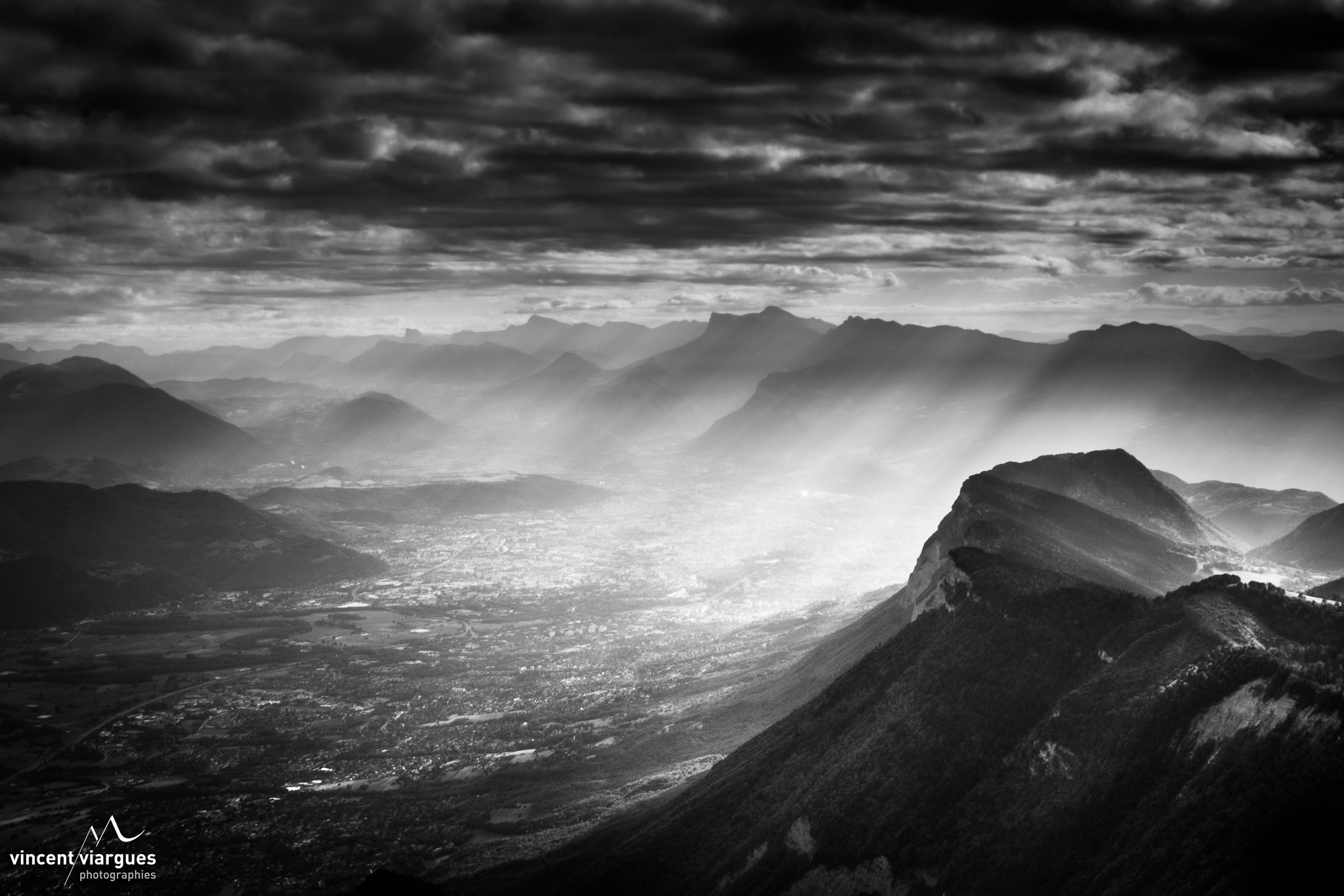 Photograph grenoble by vincent viargues on 500px