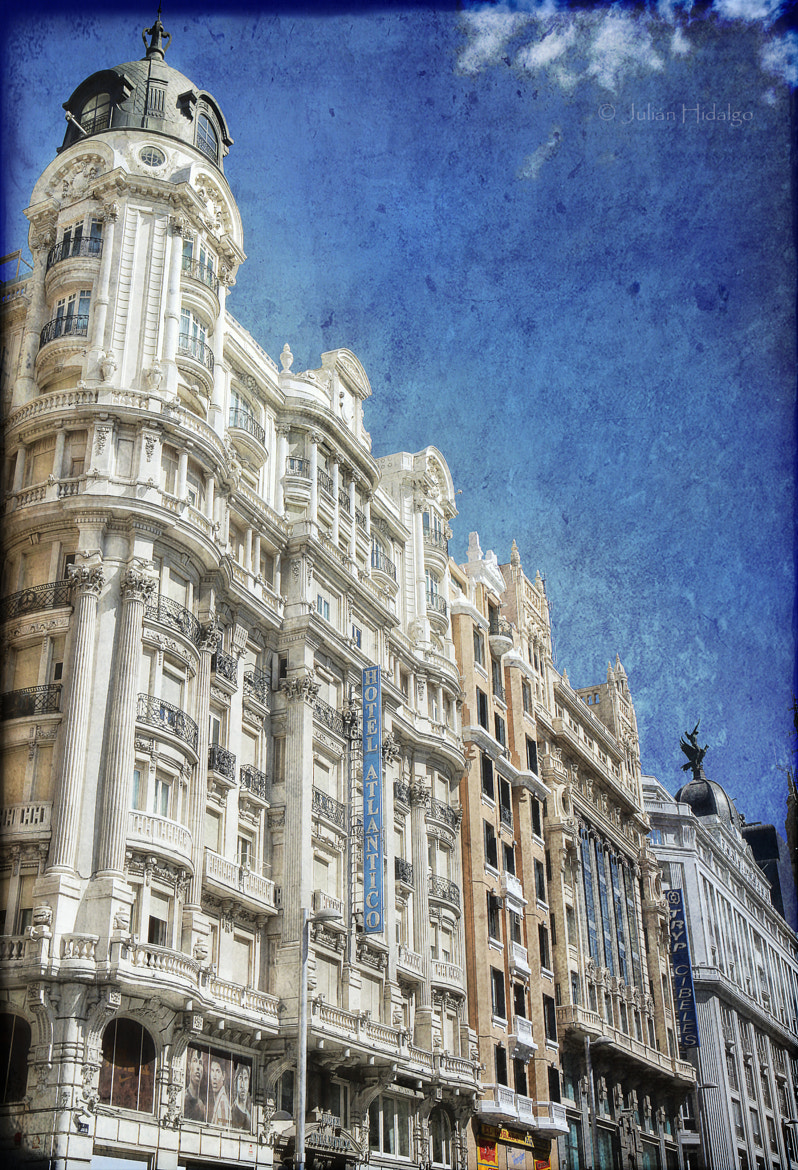 Photograph Sunny Gran Vía by Julián Madrid on 500px