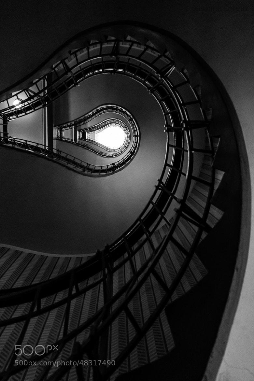 Photograph A long way down by Susanne Lorenz on 500px