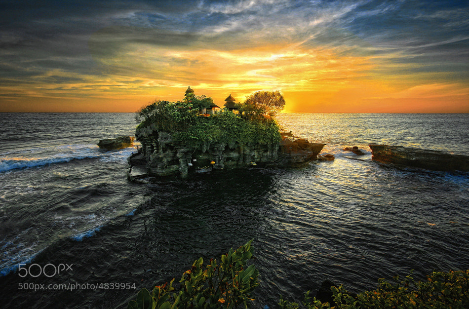 Photograph Sunset at Tanah Lot by Hari Wiyadi on 500px