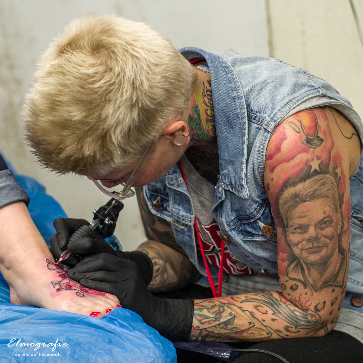 Photograph working on tattoo by Elmar H. on 500px