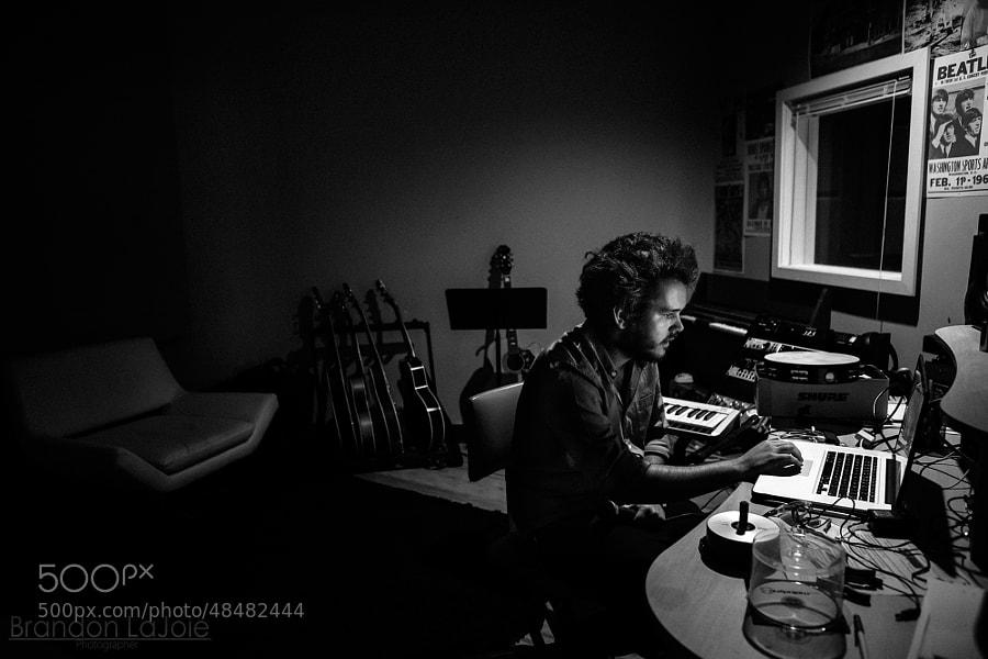 Levi Bradford Recording at Noise Umbrella / NAMS