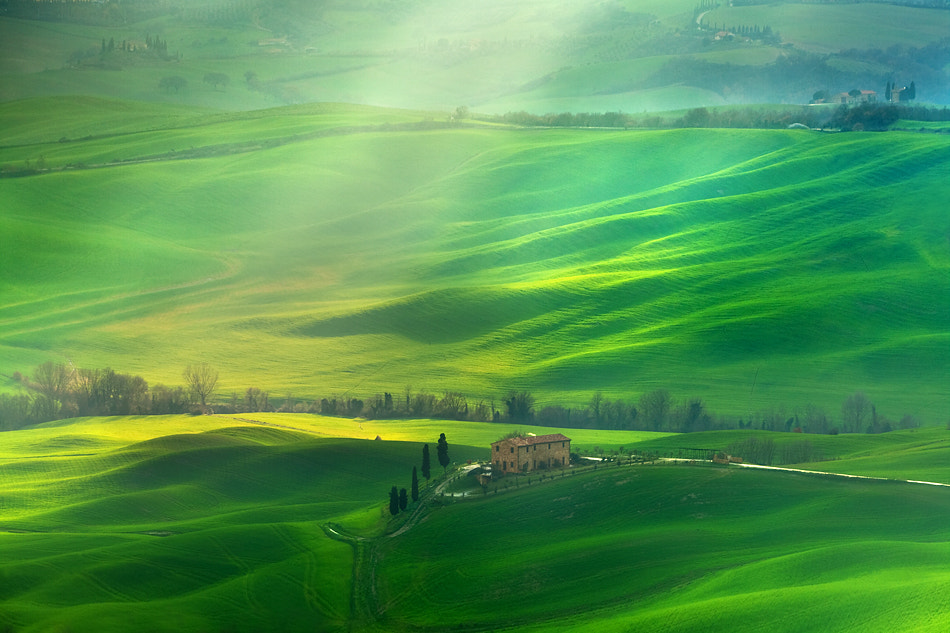 Photograph Between the rays by Marcin Sobas on 500px