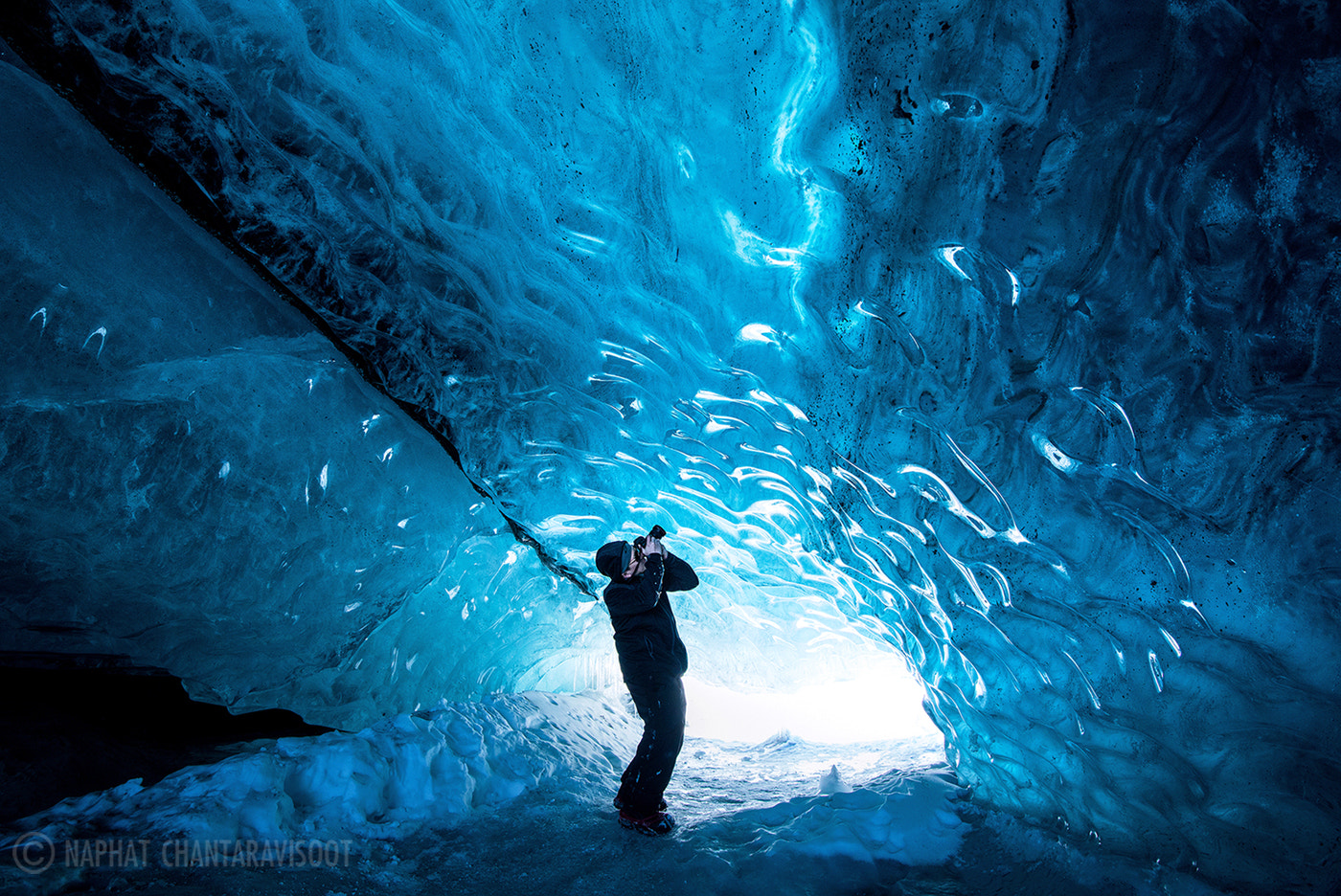 Photograph Blue Ceiling by Nae Chantaravisoot on 500px