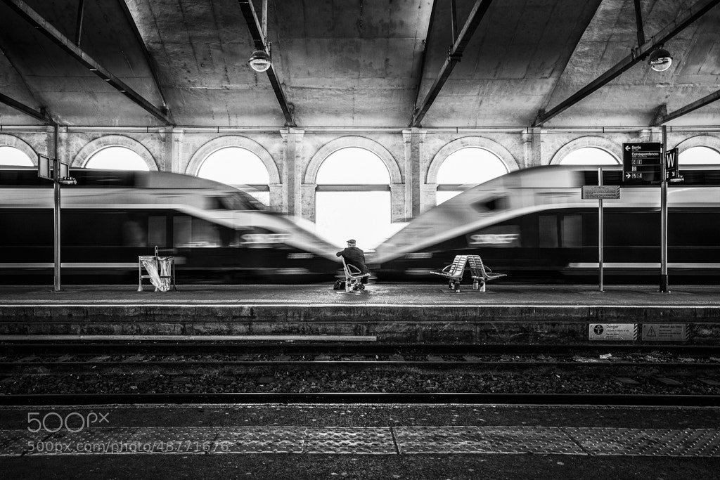 Photograph Between two lifes by Bastien HAJDUK on 500px