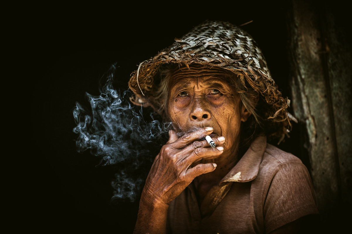 Photograph Dadong Linggsir Like Smoker by Jeffri Sarizawa on 500px