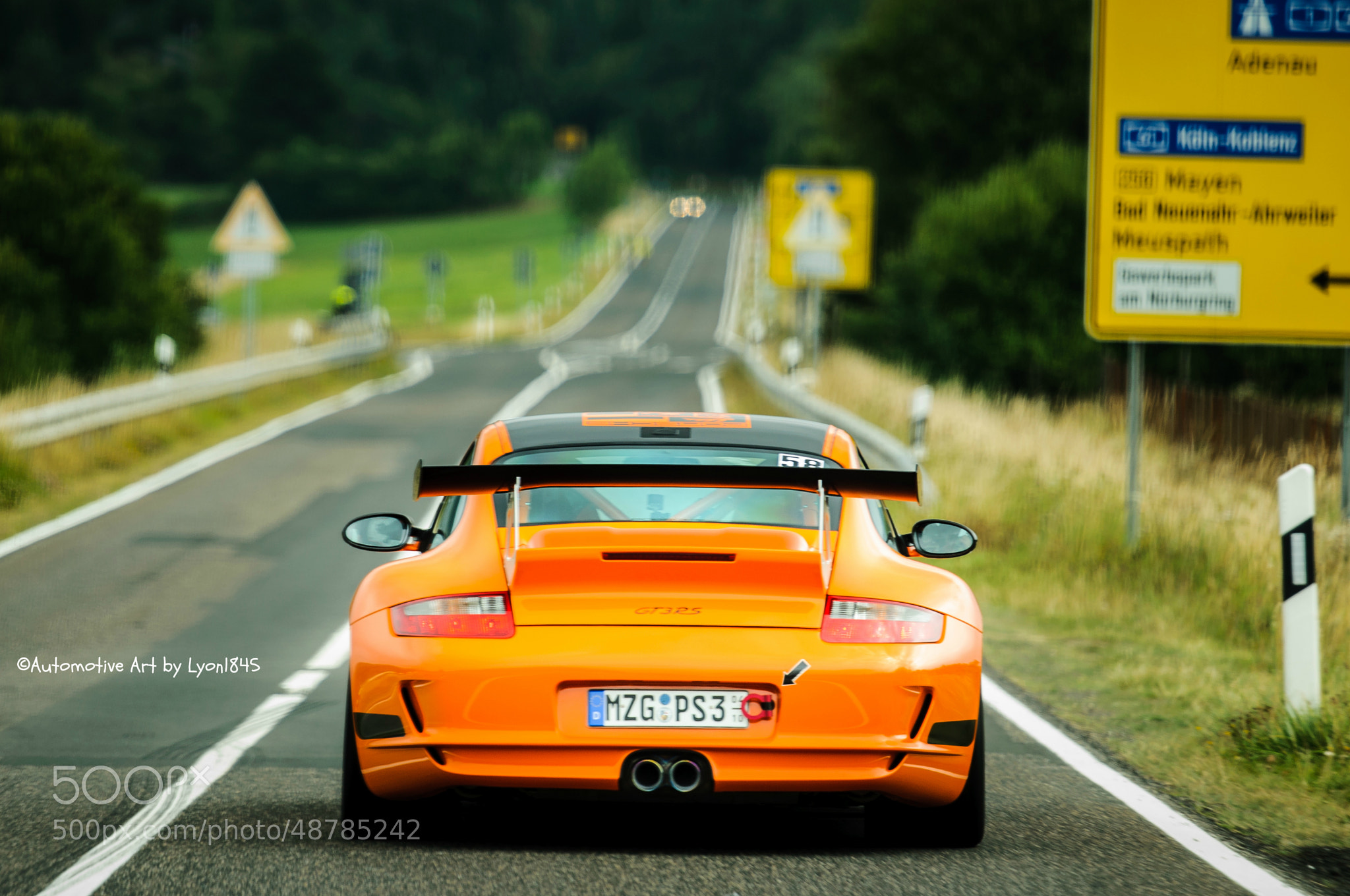 Photograph Porsche 997 GT3 RS Manthey by lyon1845 on 500px