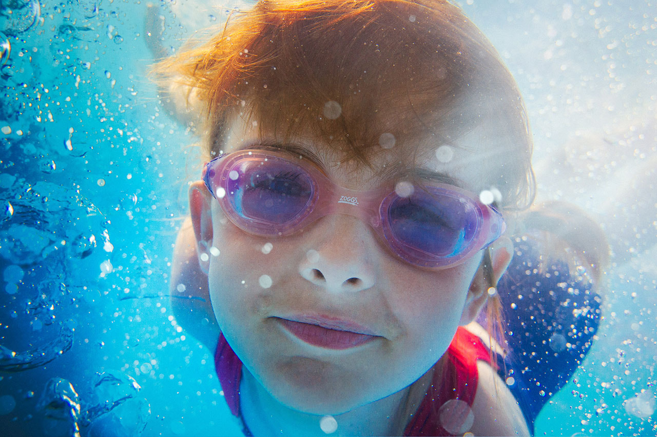 Photograph Zoggs - Girl Underwater by Adam Roberts on 500px