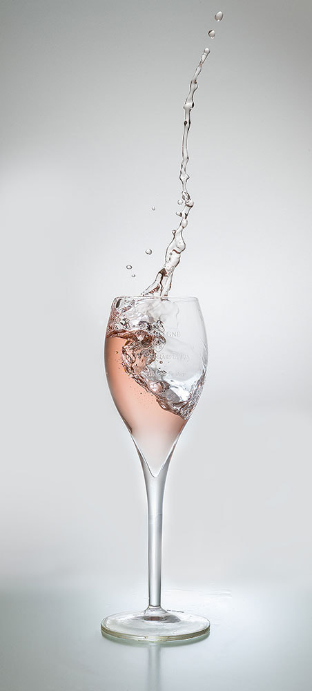 Photograph Glass of champagne by Thomas Wozak on 500px