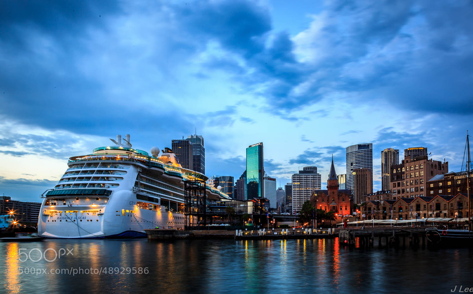 Photograph Sydney Harbour by James Lee on 500px