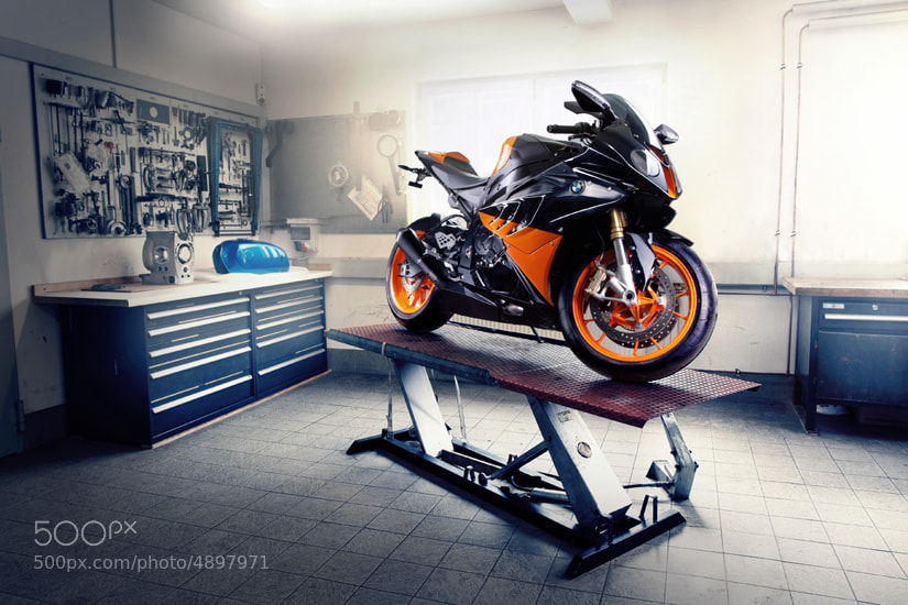 Photograph BMW S1000RR black/orange by Philipp Rupprecht on 500px