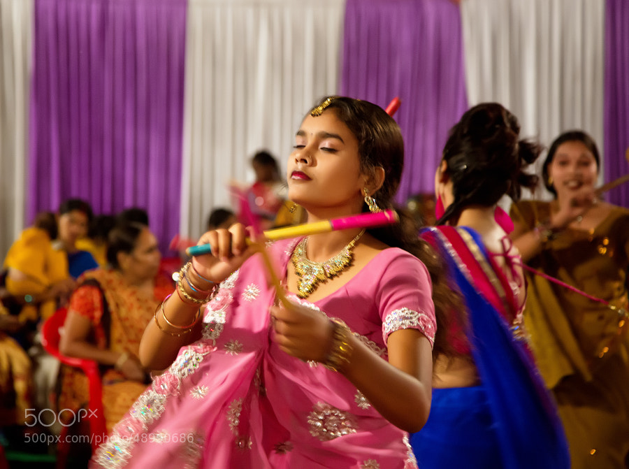 Digital color image of young woman dancer at the Navratri Festival (Indore, India)