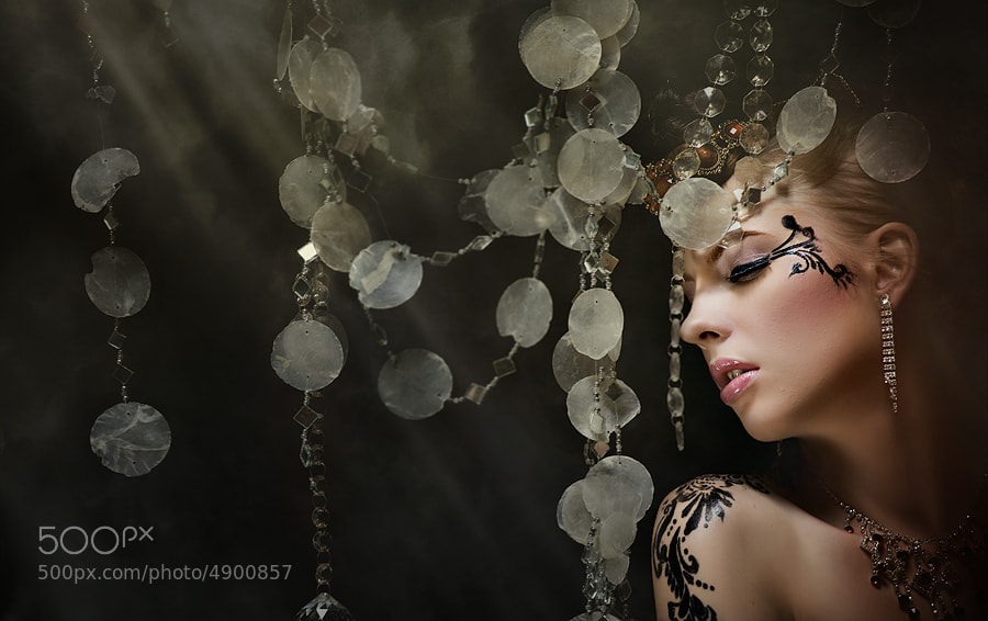 Photograph Lady Ralina by Rio Rinaldi Rachmatullah on 500px