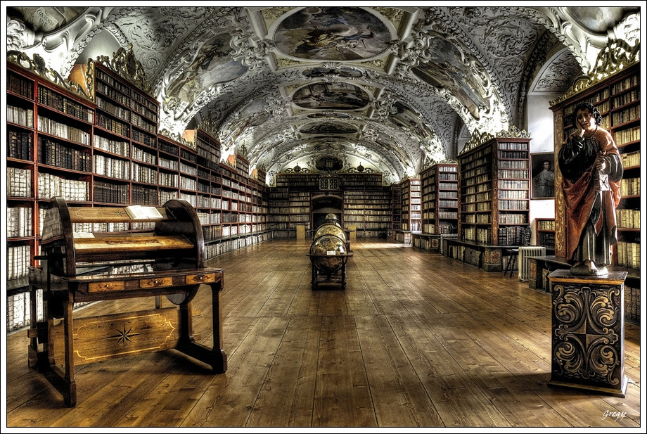 Photograph The Library by Grzegorz R on 500px