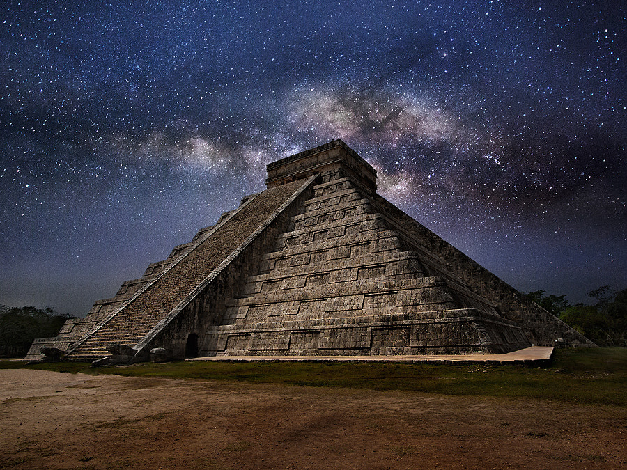 Chichen Itza at night by Piotr Nikiel on 500px.com