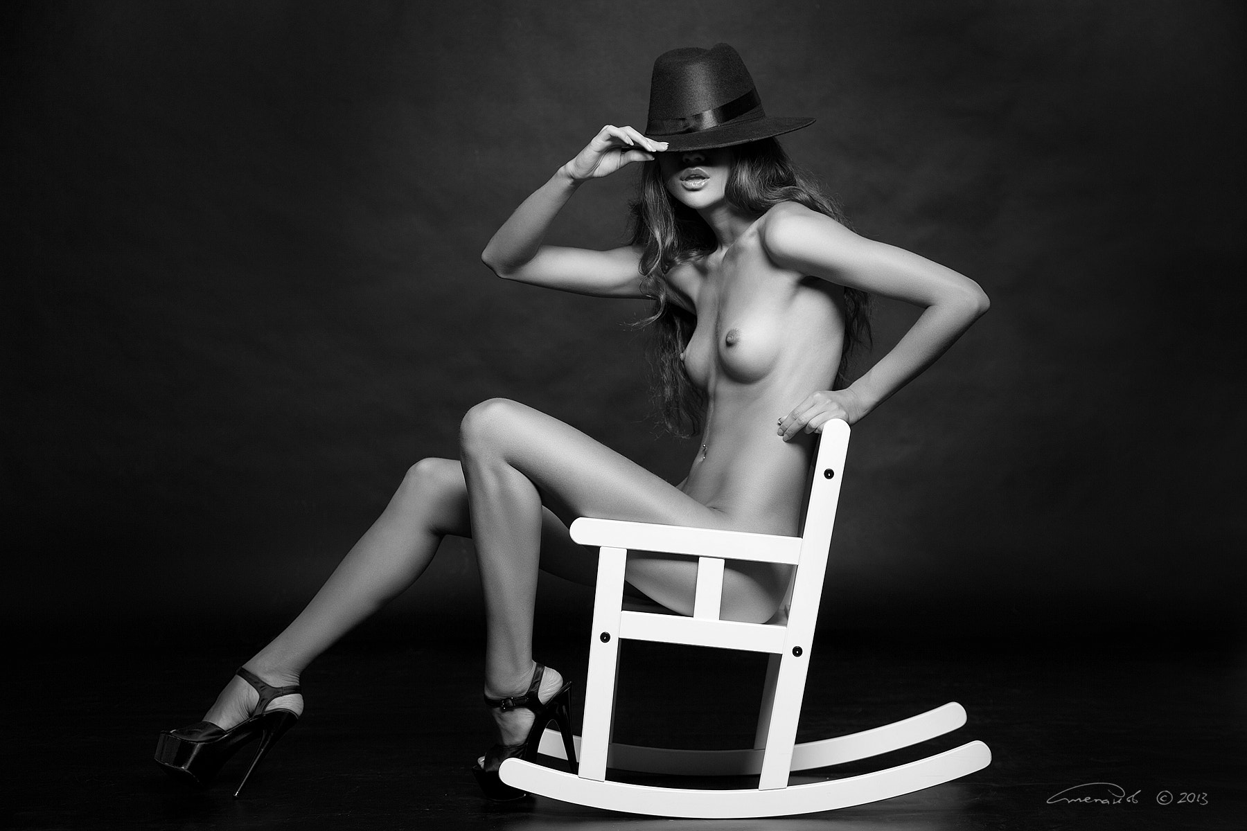 Photograph Nude in hat by Vasiliy Stepanov on 500px