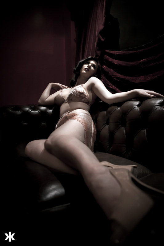 Photograph Missy Fatale on a couch by Dade Freeman on 500px