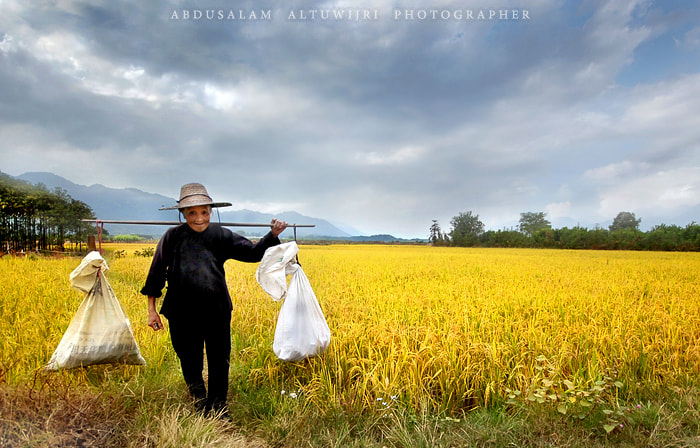 Photograph lady from yellow by Abdusalam AlTuwijri on 500px