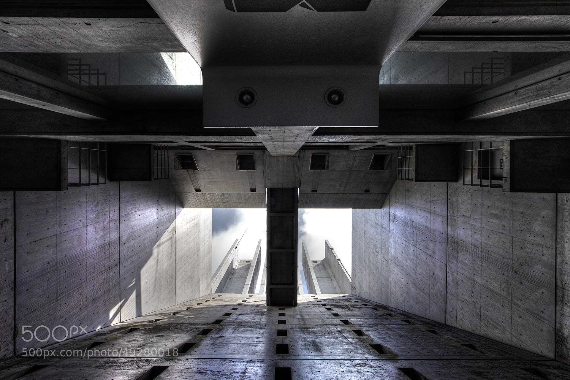 Photograph Open the Hatch by Azul Obscura on 500px