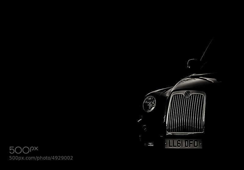 Photograph a touch of light - cab by Hegel Jorge on 500px
