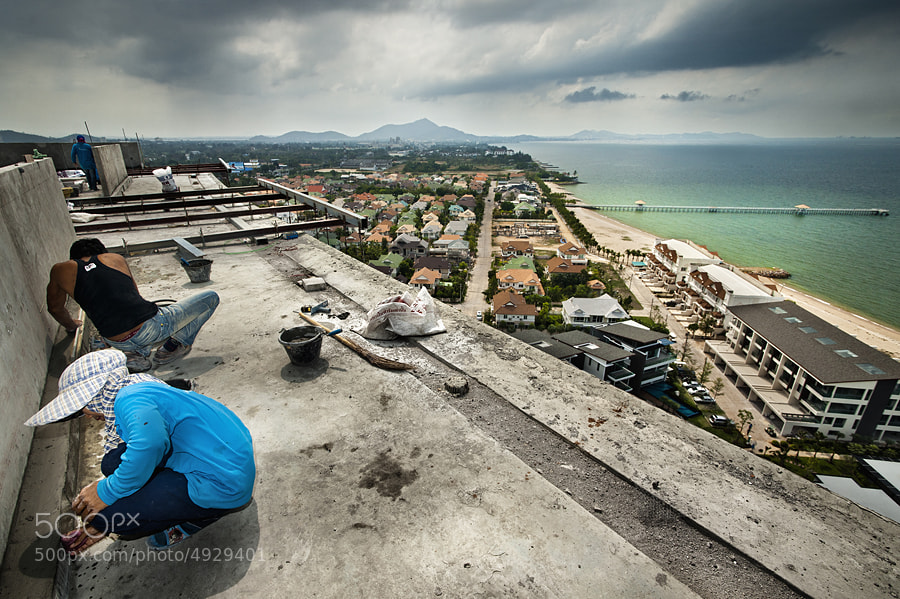 Photograph Worker Eye View by Taradol Chitmanchaitham on 500px