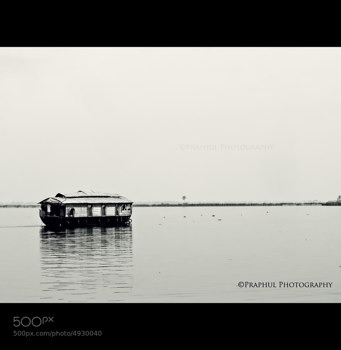 Photograph House Boat - a MoBile hOme by Praphul T on 500px