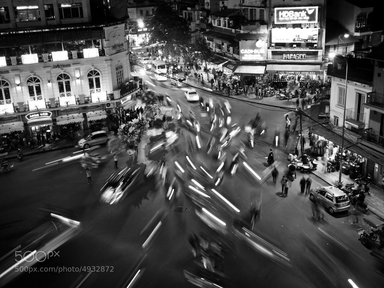 Photograph Motorbike Madness, Old Quarter - Hanoi by Adde Adesokan on 500px