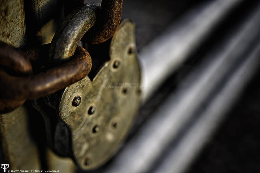 Photograph Shallow DOF: Padlock by Tom Cunningham on 500px