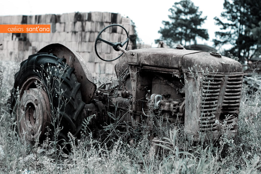 Photograph Old Tractor by Ozéias Sant'ana on 500px