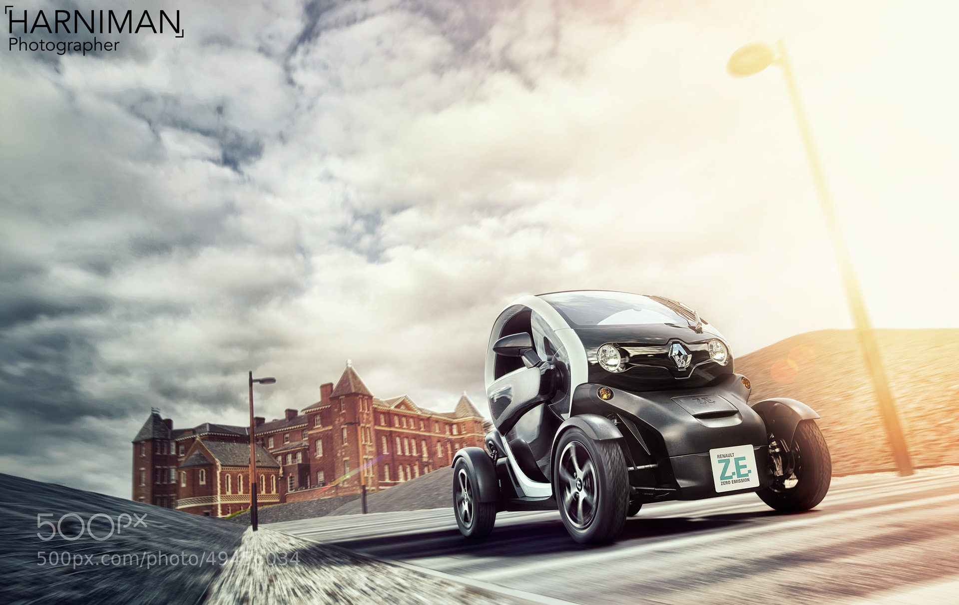 Photograph Renault Twizy in Motion by Nigel Harniman on 500px