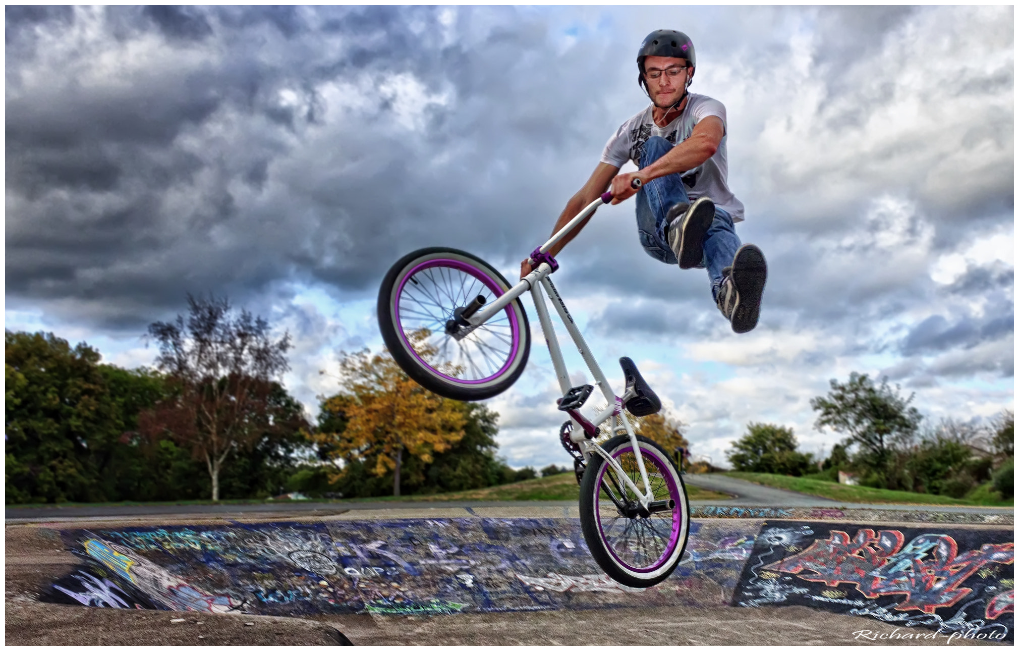 Photograph BMX by Richard Echasseriau on 500px