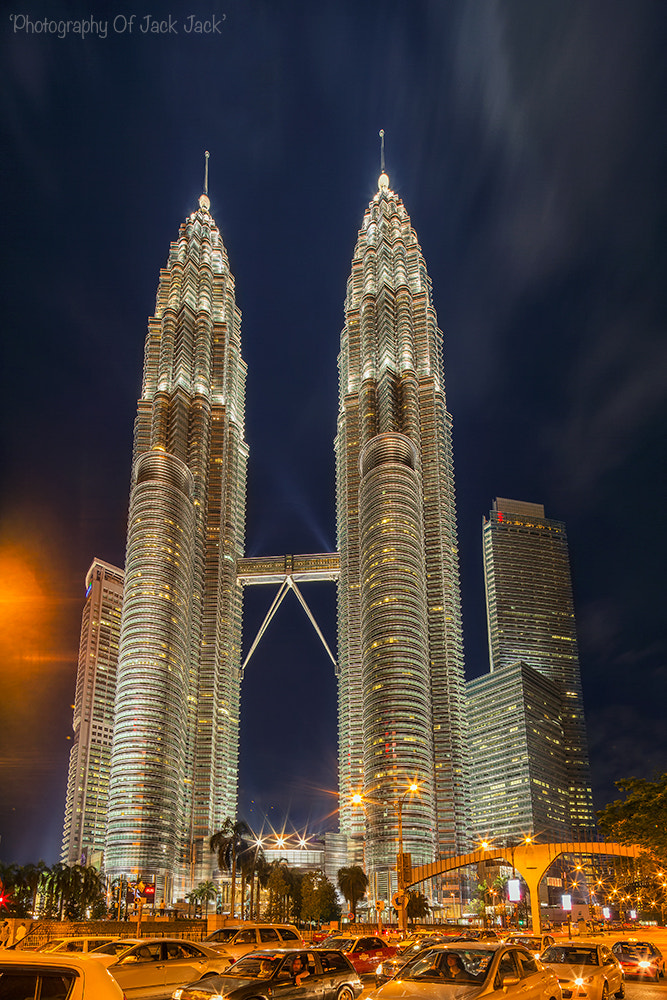 Photograph Night at Twin Towers by HENDRIK PRIYANTO on 500px