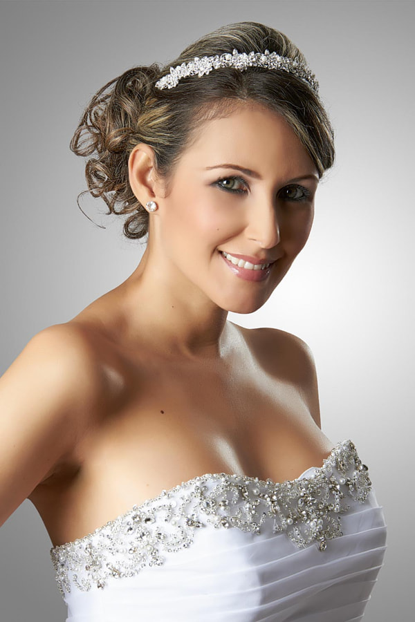 Bride by Fabian Pulido Pardo on 500px.com