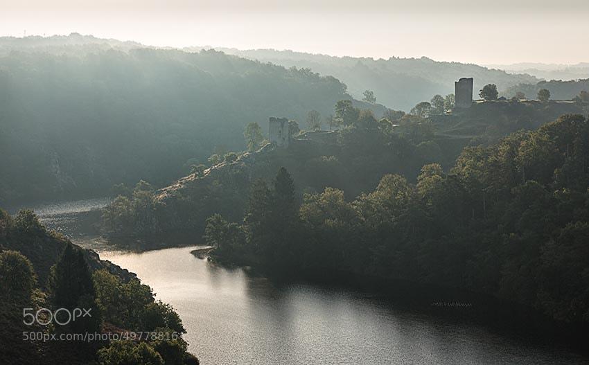 Photograph Ruines de la forteresse de Crozant by Jeff Morgan on 500px