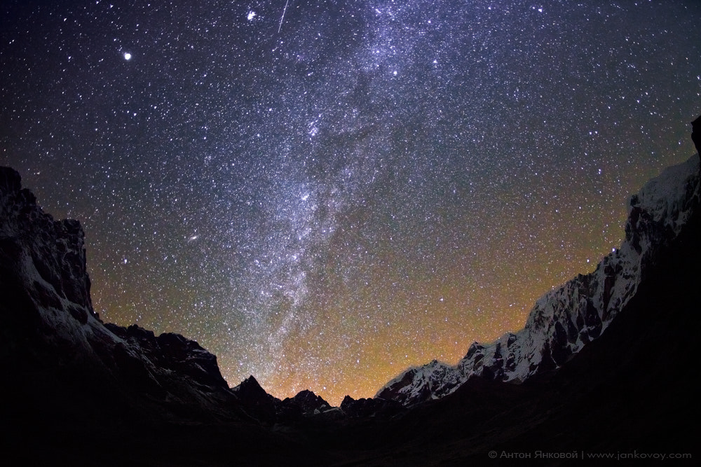 Photograph Milky Way above the CHO LA pass (5,420 m) by Anton Jankovoy on 500px
