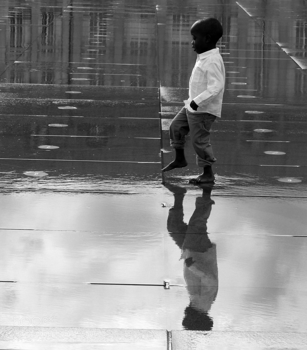 Photograph Walking in the water by Florence Guichard on 500px