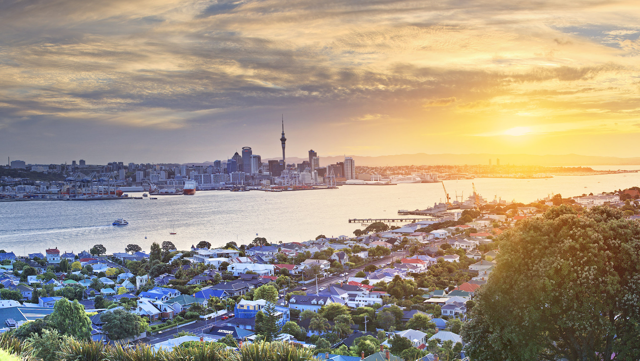 Photograph auckland sunset by Maurizio Rellini on 500px