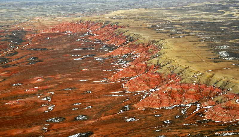 Photograph Red Cliff of Delaney Rim, Wyoming  by Long Bach Nguyen on 500px
