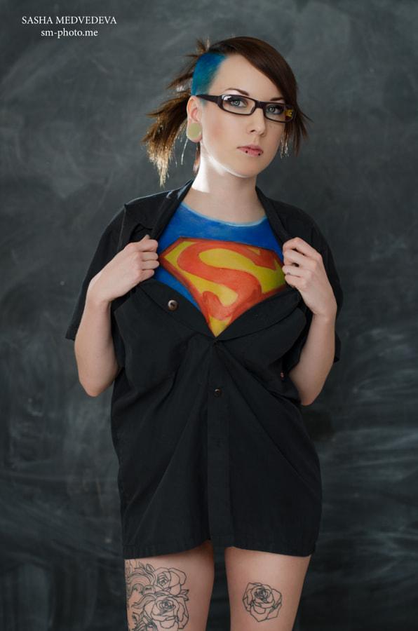 SuperGirl-I