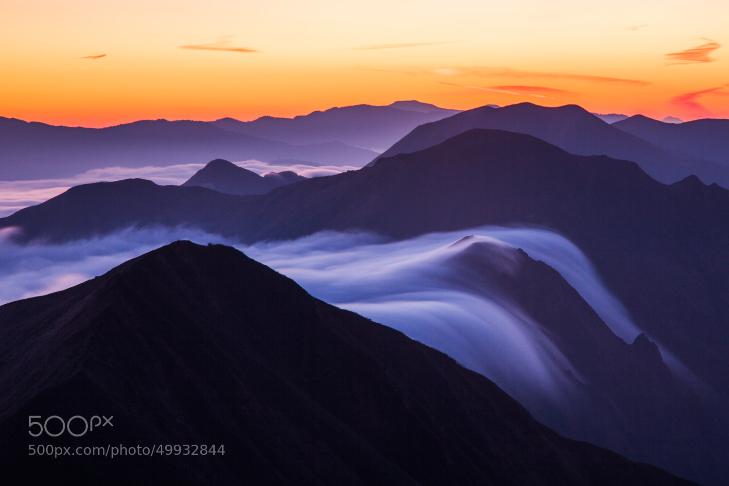 Photograph The Cloud Flows by Noriko Tabuchi on 500px