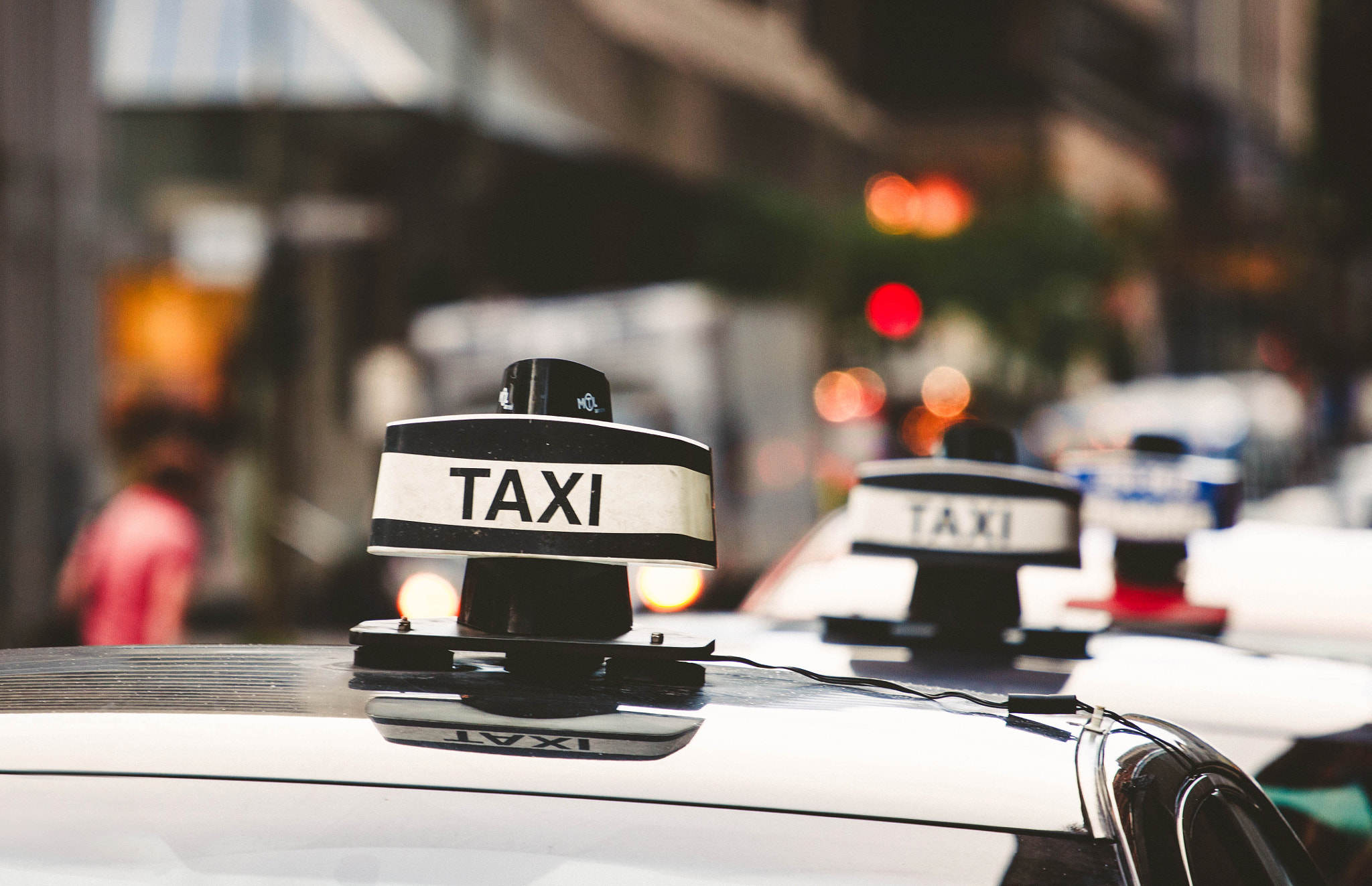 Photograph Taxi stop by Gabriela Tulian on 500px