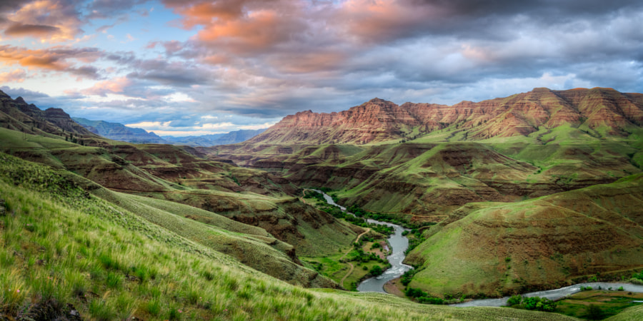 Hells Canyon at Sunset de Devin Dahlgren en 500px.com